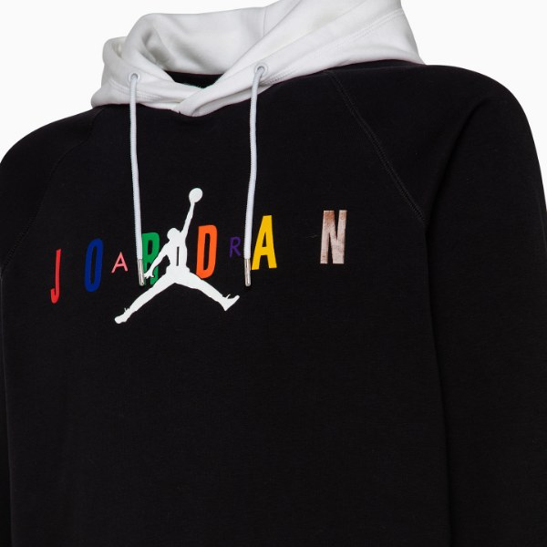 Salvataggio mercoledì Ragno  Felpe Jordan della Nike: il capo d'abbigliamento che veste con stile e  personalità   RexPo News